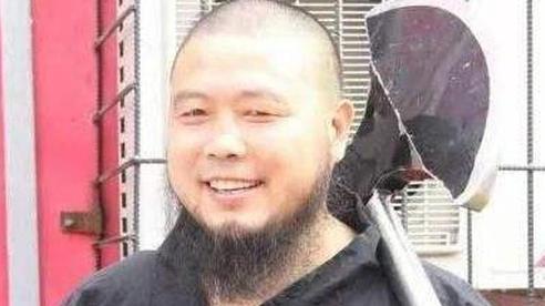 'Lỗ Trí Thâm' làng võ Trung Quốc bị cao tăng Thiếu Lâm đánh bại trong trận đấu gây cười