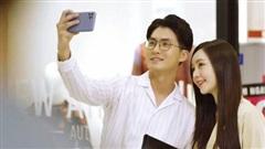 Trai đẹp được ghép đôi với Quỳnh Kool hóa ra là thầy giáo toán nổi tiếng, bị chê thoại như trả bài trong 'Hãy nói lời yêu'