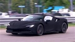 Phát hiện Ferrari SF90 Stradale màu sơn đen đặc biệt chạy thử trên đường