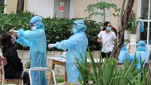 TP.HCM: Trường hợp dương tính với SARS-CoV-2 khám tại BV Vinmec, 6.000 người phải lấy mẫu xét nghiệm khẩn cấp