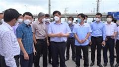 Bộ trưởng Bộ Y tế kiểm tra công tác phòng chống dịch tại KCN Bắc Giang