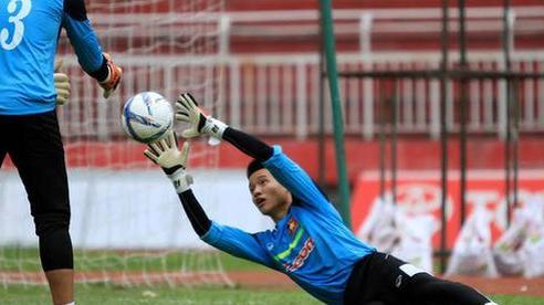 4 năm sau kỳ SEA Games thất bại, Phí Minh Long phải tìm đến Hạng Nhất để cứu vãn sự nghiệp