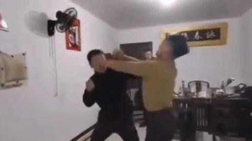 Võ sĩ Vịnh Xuân bị đánh ê chề ngay tại nhà sau tuyên bố dùng 3 đòn hạ gục Mike Tyson
