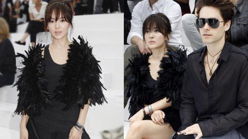 Hot lại ảnh Song Hye Kyo sánh đôi bên tài tử Joker 10 năm trước, visual quá khác lạ nhưng chiếm trọn spotlight giữa sự kiện quốc tế