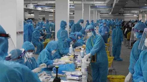 ĐỪNG LỠ ngày 28/5: Bắc Giang phát hiện 98 người dương tính khi test sàng lọc, ngay trong đêm đưa  3.000 công nhân đi cách ly; Hà Nội yêu cầu người dân không ra khỏi nhà
