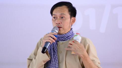 Hoài Linh lại gặp rắc rối: Nhà hảo tâm bức xúc tố nam nghệ sĩ nhận 50 triệu đồng cứu trợ miền Trung nhưng không thể liên lạc được?