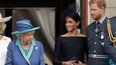"""Người của Hoàng gia Anh lần đầu nói về những """"tấn công"""" của Harry và Meghan"""
