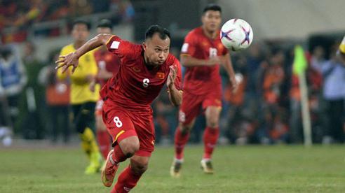 Tuyển Việt Nam quyết đấu Malaysia: Văn Hậu và 'máy chạy' Trọng Hoàng trở lại