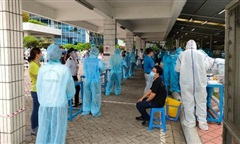 NÓNG: 3 nhân viên Bệnh viện Bệnh nhiệt đới TPHCM nghi nhiễm COVID-19