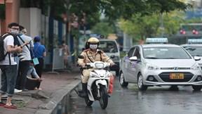 Xe cảnh sát chạy 10 km đưa thí sinh đến điểm thi kịp giờ