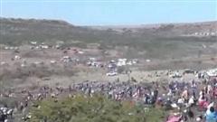 'Cơn sốt kim cương' ập đến ngôi làng Nam Phi