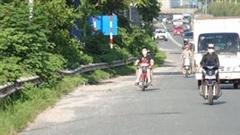 Cắm chốt xử lý hàng loạt xe máy đi vào Đại lộ Thăng Long