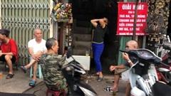 Người dân Hà Nội 'phớt lờ' lệnh cấm, tự ý 'nới lỏng' giãn cách