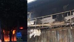 Hà Nội: Xem xong trận bóng đá, chủ nhà bàng hoàng chứng kiến dãy cửa hàng cháy ngùn ngụt