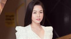 Nhật Kim Anh lên tiếng xin lỗi về loạt hình ảnh đưa mẹ đi chữa bệnh chỗ ông Võ Hoàng Yên