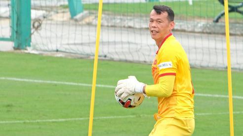 'Cứu tinh' của thầy Park tiết lộ nỗi sợ hãi lớn nhất khi thi đấu cho đội tuyển Việt Nam