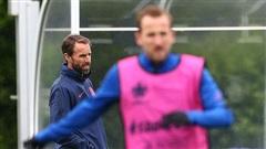 NÓNG: Sao Scotland dương tính với Covid-19, tuyển Anh bị vạ lây ở Euro 2020