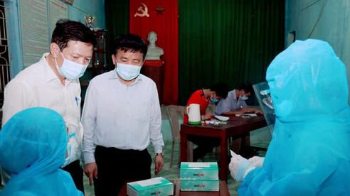 Người bán rau ở chợ đầu mối nông sản lớn nhất Nghệ An dương tính với SARS-CoV-2