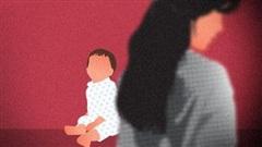Con gái than thở trong nhà có mùi lạ, mẹ lập tức có hành động mờ ám trước khi tội ác trong chiếc thùng giấy bị lật tẩy