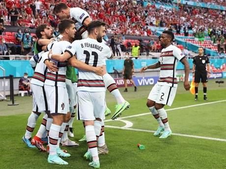 Đi tìm nguyên nhân Bruno Fernandes 'biến mất' trong màu áo Bồ Đào Nha