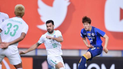 'Ông kẹ' châu Á từng mướt mồ hôi trước Viettel dễ dàng khuất phục đội bóng Thái Lan