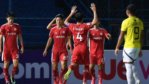 Hoàng Đức ghi bàn thần tốc, Trọng Hoàng kiến tạo đỉnh cao, Viettel thắng khó tin ở giải châu Á