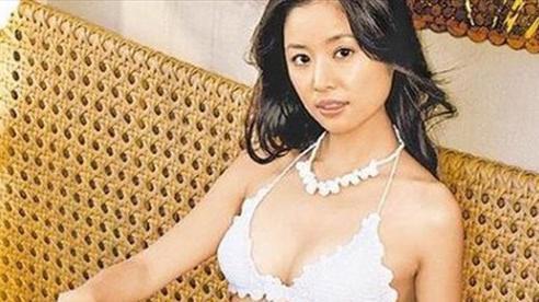 Mỹ nhân Cbiz đại chiến bikini: Cúc Tịnh Y, Nhiệt Ba, Lưu Diệc Phi 'hót hòn họt' lắm nhưng vẫn kém minh tinh với vòng 1 khủng này!