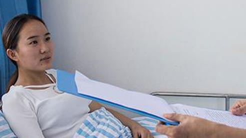 Bỏ qua 1 bài kiểm tra sức khỏe, cô gái tá hoả khi biết mắc ung thư trực tràng: Cơ thể phát ra 4 tín hiệu, hãy khám hậu môn càng sớm càng tốt!
