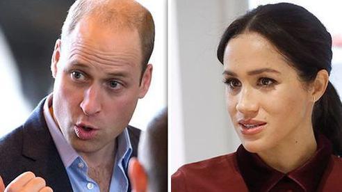Hoàng tử William điêu đứng vì em dâu Meghan, nhận về chỉ trích sau khi đưa ra phát ngôn mới nhất