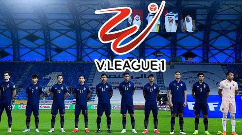 Rộ tin đồn nhiều tuyển thủ Thái Lan sắp theo chân Kiatisuk 'đổ bộ' sang Việt Nam thi đấu