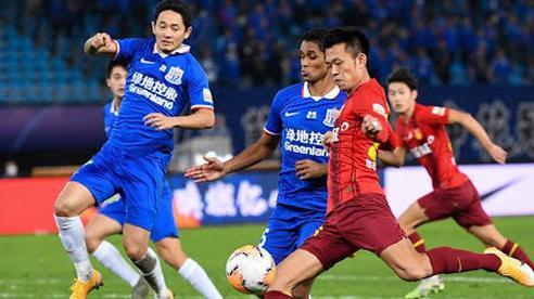 Bị nợ lương đầm đìa, cầu thủ Trung Quốc phản ứng giống các đồng nghiệp tại V.League