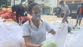 Hoa hậu Ngọc Diễm khởi xướng dự án '10 tấn lương thực 0 đồng' dịp sinh nhật