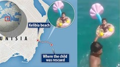 Khoảnh khắc giải cứu bé 1 tuổi bị trôi dạt xa 1,6km ngoài biển