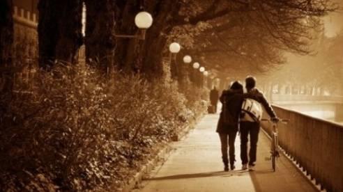 Ca khúc ngày mới: Con đường xưa em đi; Sao anh không quay lại đây