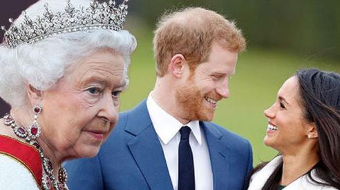 Harry và Meghan viết 4 cuốn sách trị giá 1.000 tỷ đồng, ra điều kiện nhẫn tâm với Nữ hoàng