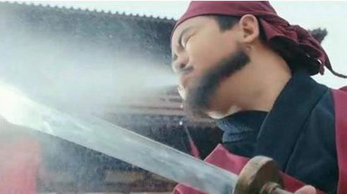 Thời Trung Quốc cổ đại, khi bị xử chém đầu và lăng trì, tại sao các phạm nhân đều bị nhét nút gỗ vào miệng?