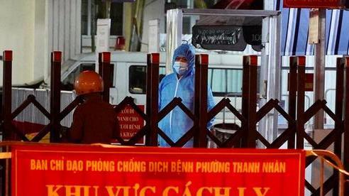 Bệnh viện Phổi Hà Nội thêm 15 ca dương tính SARS-CoV-2, cách ly y tế toàn viện