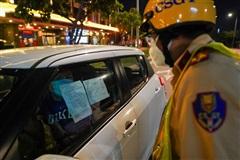 Hà Nội chưa tính chuyện hạn chế dân ra đường sau 18h