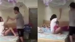 SỐC: Mặc kệ vợ bế con nhỏ đang khóc thét, chồng lao vào chỉ tay thẳng mặt rồi đánh tới tấp vì ngủ đến 8 giờ sáng mới dậy!