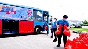 'Xe buýt siêu thị 0 đồng' phục vụ hơn 1.700 công nhân ở Hà Nội