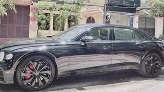 Con trai Lệ Quyên được tặng Bentley Flying Spur V8 thế hệ mới trị giá hàng chục tỷ đồng