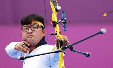 Clip cận cảnh cung thủ người Hàn Quốc bắn toàn điểm 10