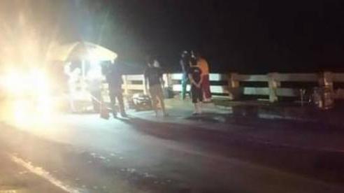 Gặp nạn khi chạy xe máy từ Bình Dương về Nghệ An tránh dịch, người chồng tử vong, vợ và 2 con nhỏ bị thương nặng