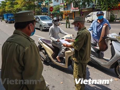 Hà Nội xử phạt vi phạm 8 tỷ đồng sau hơn một tuần thực hiện giãn cách