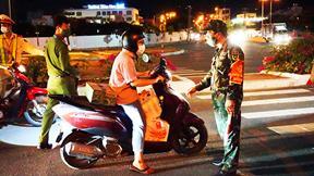 Đà Nẵng áp dụng Chỉ thị 16: Lập rào chắn, tuần tra lưu động xử lý vi phạm