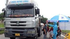 4 người đi xe máy từ Bình Dương về quê bị tai nạn, phát hiện 3 người nhiễm SARS-CoV-2