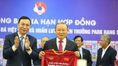 HLV Park Hang Seo úp mở hợp đồng, VFF lấn cấn gì chưa tái ký?