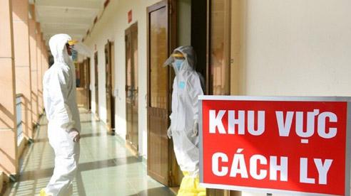 Hà Nội ghi nhận 24 ca Covid-19 mới, cẩn trọng khi tự nhiên ho sốt