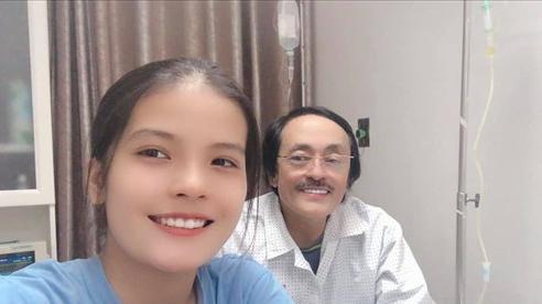 Tâm sự nghẹn ngào của con gái duy nhất khi NS Giang Còi vừa phát bệnh: 'Mất giọng chắc ba buồn lắm'