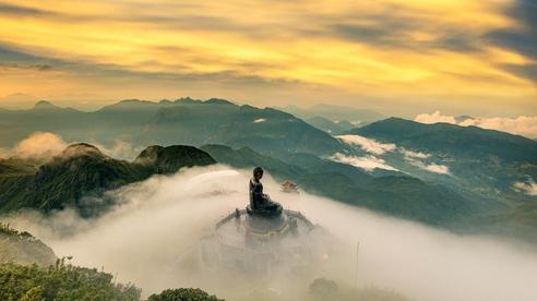 Khám phá những đỉnh núi linh thiêng nhất Việt Nam